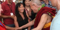 Heidi Chang meets the Dalai Lama in Hawaii | Photo © Eye of the Islands Photography